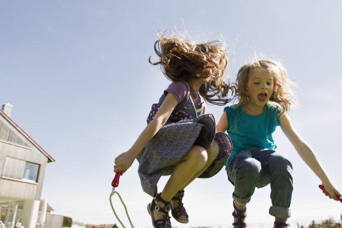 touwtje springen oud hollandse spelletjes kinderfeestje
